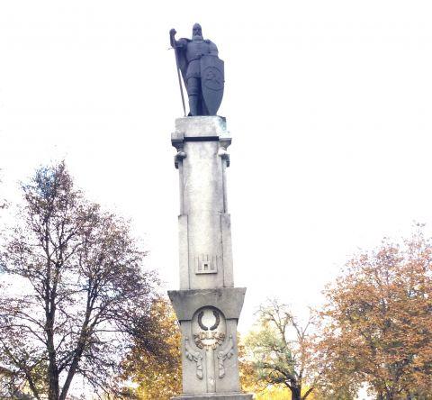 Didžiojo Lietuvos kunigaikščio Kęstučio paminklas
